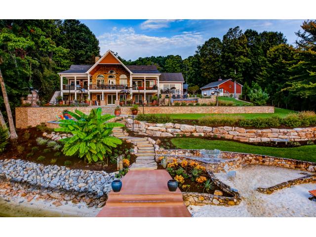 luxury landscape living by Southern Landscape Group