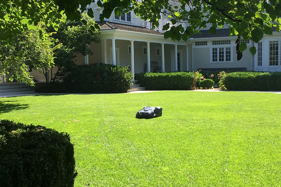 robot mowers